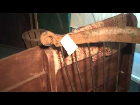 Primitive Country Furniture: Philadelphia Writing Chair Windsor