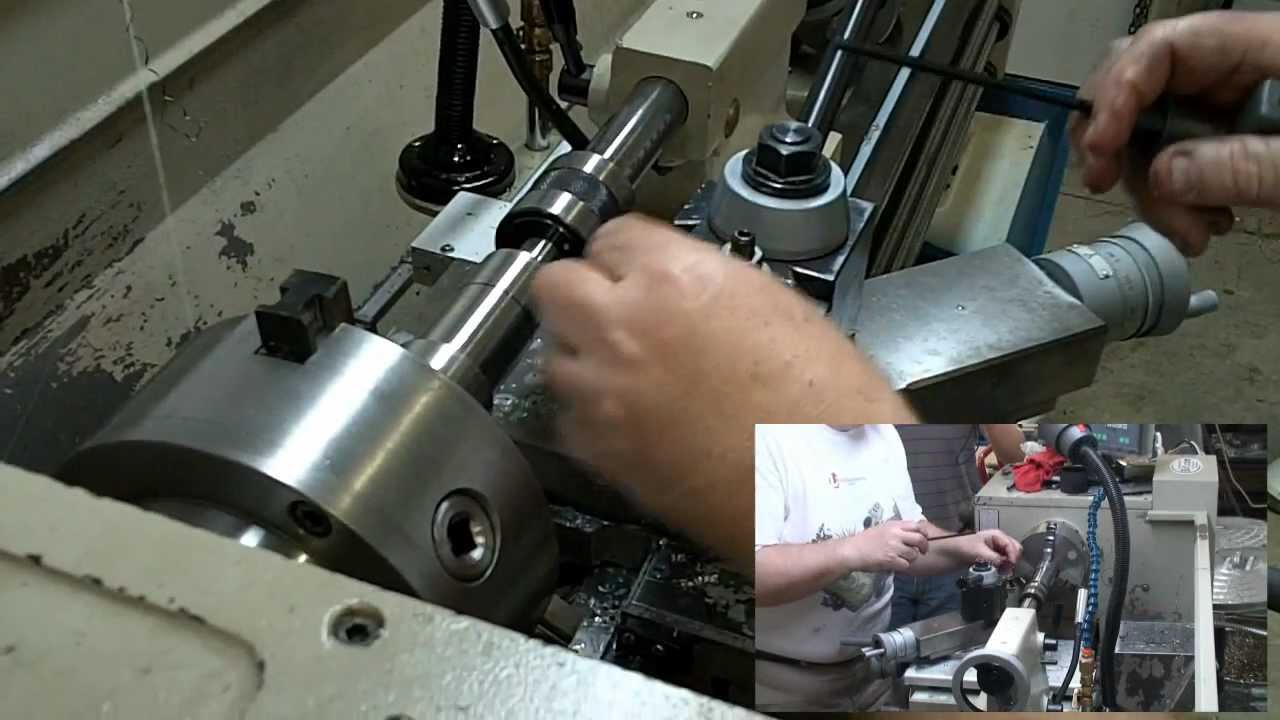 Thread cutting on a lathe