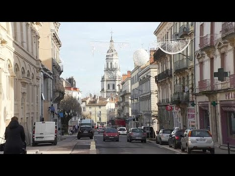 """Coletes amarelos"" provocam fecho de lojas em Bourg-en-Bresse"