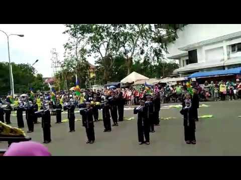 Marching band sdn anggadita 1 sukaresmi, singa perbangsa