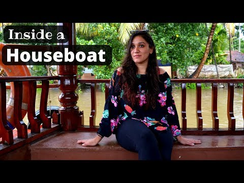 Inside a Houseboat | Alleppey backwaters