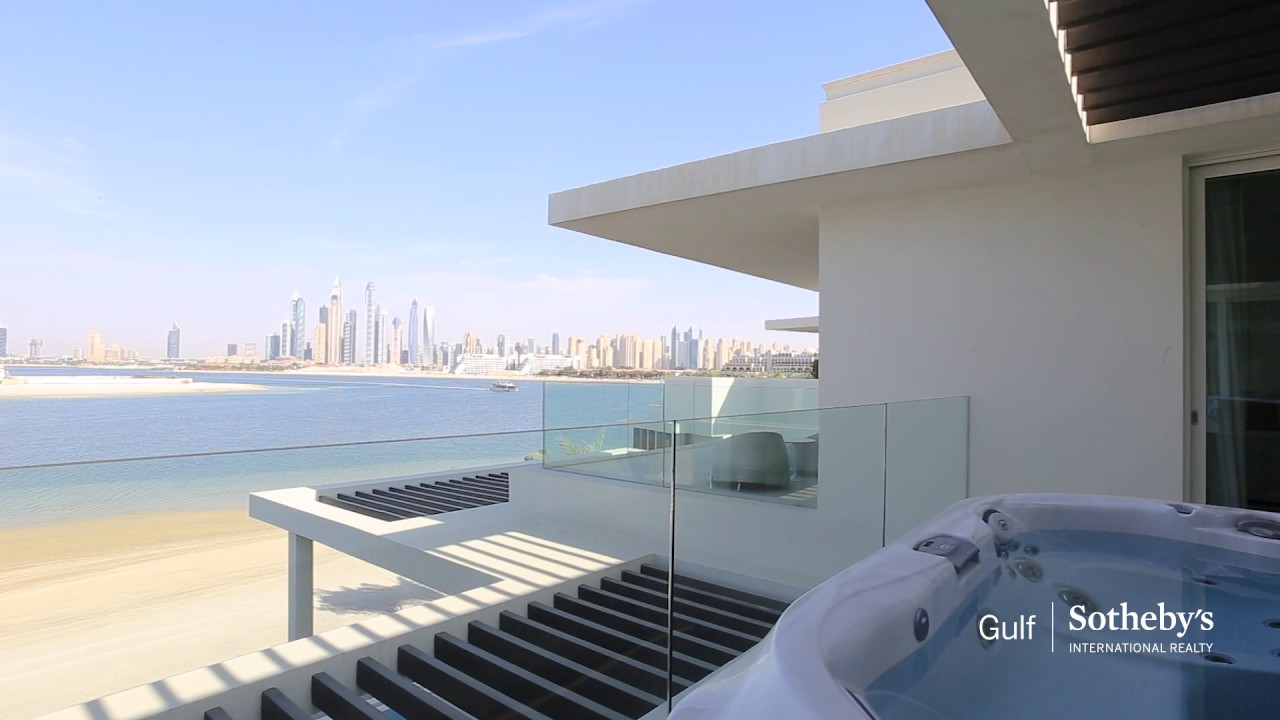 Luxury modern tip villa in palm jumeirah dubai united arab emirates