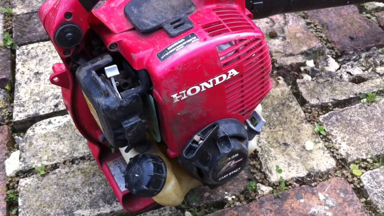 Honda hhb25 hand held blower review handy leaf blower youtube honda hhb25 hand held blower review handy leaf blower publicscrutiny Gallery