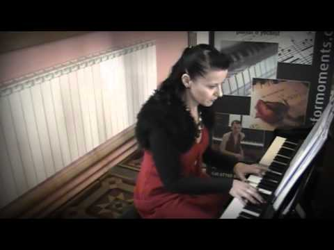Siobhan Flanagan -- pianist and singer - Canon In D (instrumental)