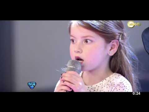 """Agus de Márama interpretó una versión muy especial de """"Loquita"""""""