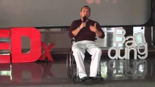 Break The Limit | Handry Santriago | TEDxBandung