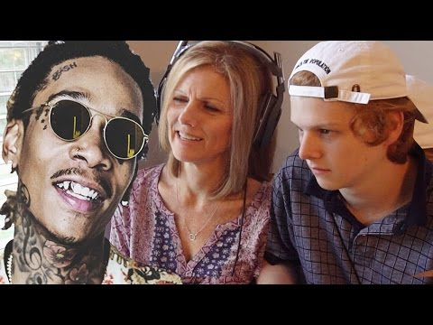 Mom reacts to Wiz Khalifa @wizkhalifa