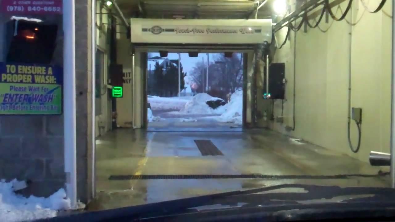 Leominster: Car Wash @ Mr. Mike's Mobil, Main Street