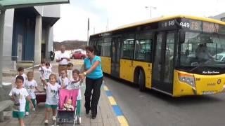 Visita escolar del CEIP Giner de los Ríos a Guaguas Municipales