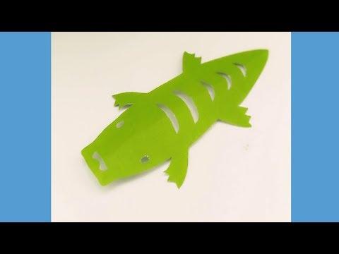 DIY cute little crocodile children's paper cut video sharing