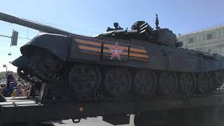 9 мая 2018. Санкт-Петербург. Колонна военной техники.