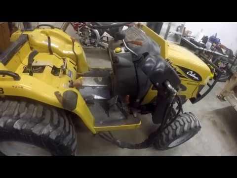 Challenger mt225b tractor split