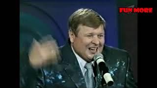 Смотреть Михаил Вашуков и Николай Бандурин - Праздничные куплеты онлайн