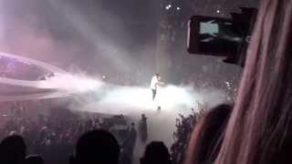 Download [HD] Drake ft. Majid Jordan - Hold On, We're Going Home [Live Berlin 27.02.2014] MP3 song and Music Video