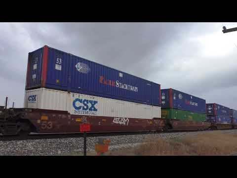UP Golden State Route:  video 2 Tucson Z-intermodal with trashy power  04/08/2018 # 6