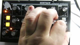Jamming with the Moog Minitaur and Akai Rhythm Wolf, part 0262