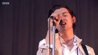 ARCTIC MONKEYS - DO ME A FAVOUR LIVE AT TRNSMT 2018