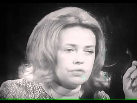 Jeanne Moreau IRL interview hoc.avi