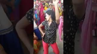 Sona singh live dance With villege girls in buxar