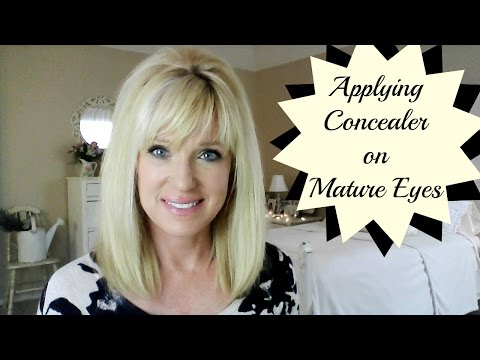 applying-concealer-on-mature-eyes!-less-wrinkles-and-lines