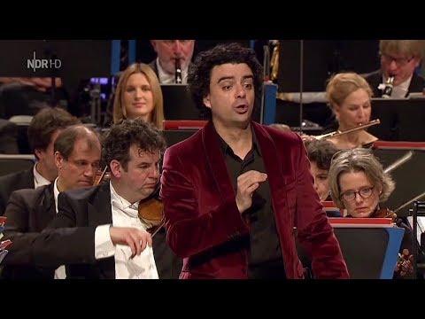 """Rolando Villazón✬♫""""La danza""""/Tarantella Napolitana v.G. Rossini"""