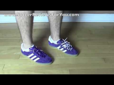 inteligencia Triturado tobillo  Adidas Gazelle Indoor Purple White Gum Review On Feet - YouTube