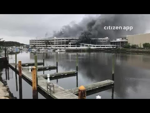 Raw Video Kings Plaza Parking Garage Cars On Fire Youtube