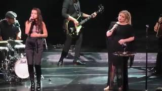 Baixar Kelly Clarkson and Abby Cates | Always Remember Us This Way | Cincinnati, OH 03/23/2019