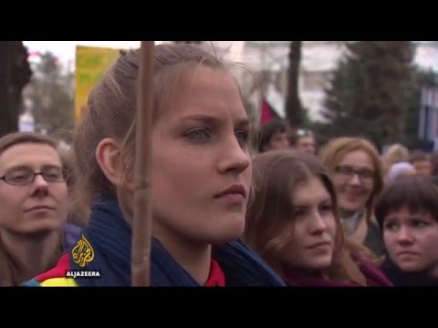 Protests in Poland over proposed abortion ban