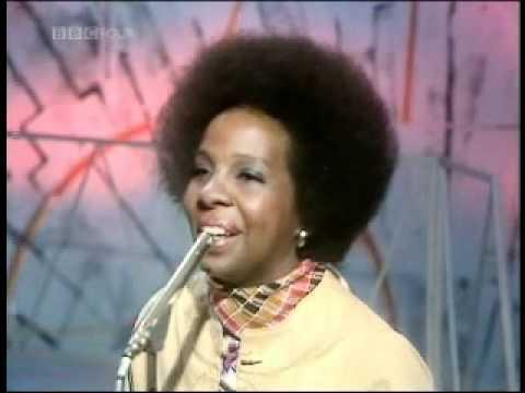 Gladys Knight & The Pips - 'Midnight train to georgia' (1976)