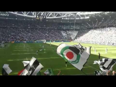 """Juventus campione d'Italia 2016/2017: il boato dello """"Stadium"""" al triplice fischio"""