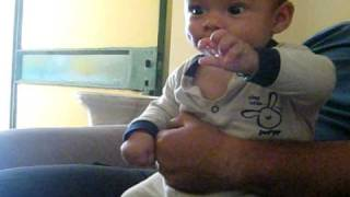 Giorgito dirigiendo con su manito 4 meses
