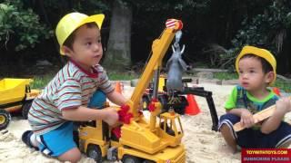 Будівельні Машини Динозаврів Діти Відео Брудер Автокран Самоскид, Екскаватор Навантажувач Іграшки Disney Тачки