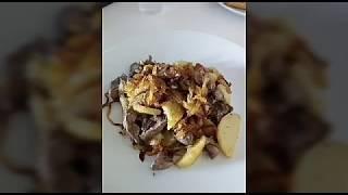 Куриная печень с картошкой и луком