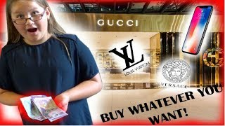 SURPRISING MY LITTLE SISTER WITH $$$ *BUY WHATEVER YOU WANT*