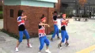 2010 一直線まつりでの小学生ダンスグループ1