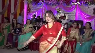 """ Lo chali main apni devar ki barat leke "" wedding dance"