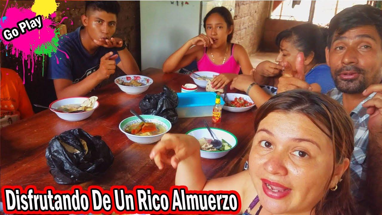 Go Play - DISFRUTANDO DE UN RICO ALMUERZO - EN FAMILIA DEL GO PLAY - P5