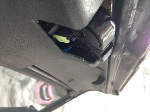 """Установка замка багажника от """"Гранты"""" на 2114"""