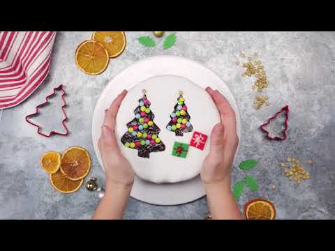 3 Christmas Cake-Decorating Hacks, Straight From the Pros