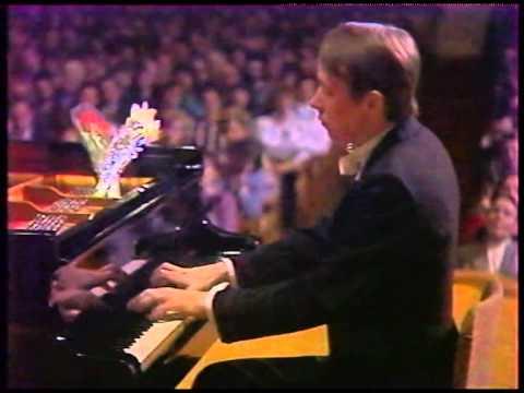 Mikhail Pletnev - J. Haydn Piano Sonata No.60 in C major, Hob. XVI.50
