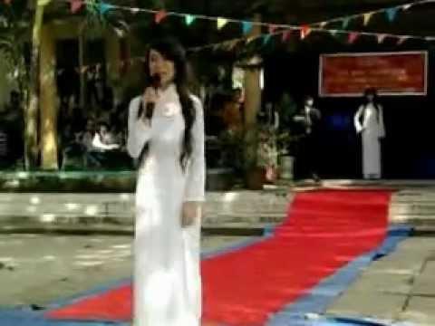 Trần Gia Anh - 11C1 - Nữ Sinh Thanh Lịch THPT Phan Ngọc Hiển