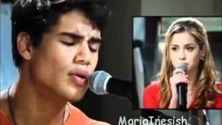 """Rebelde Brasil - Alice & Pedro cantam """"Ponto Fraco"""" no porão"""