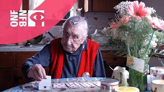 Download lagu Un dimanche à 105 ans