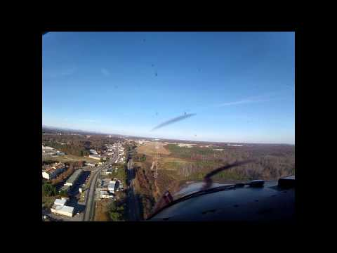 Final Approach to Lee Gilmer Memorial Airport (KGVL)