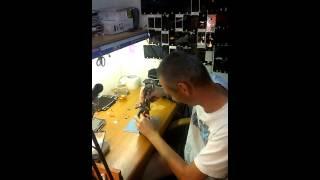 видео ipad mini ремонт
