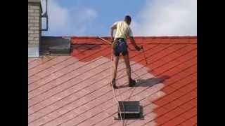 Nátěry střech - Redok s.r.o.: Renovační nátěr eternitové střechy - I. vrstva barvy