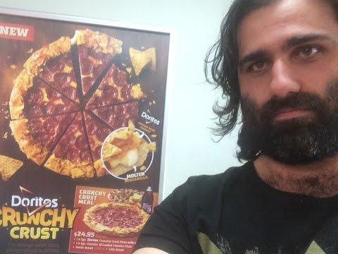 Pizza Hut   Doritos Cheesy Crust Australia Exclusive thumbnail