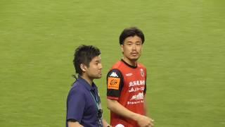 試合終了後、鳴りやまぬ「良太」コールに応え、早坂良太がピッチに再登...