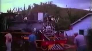 Trem de São João del-Rei - locomotiva 68.wmv